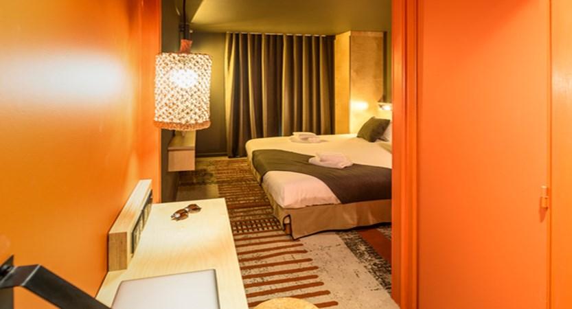LA FOLIE DOUCE HOTEL - CHAMBRE ACCESS FOR 2 _3_.jpg