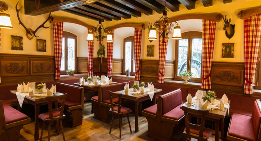 Zur Post Ruhpolding Dining Area