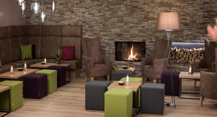 Alpine resort, zell am see, lounge area