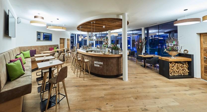 Alpine resort, zell am see, indoor bar