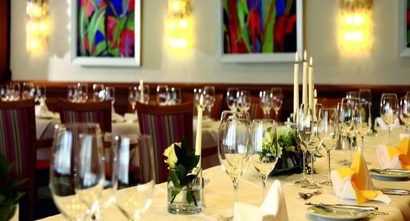 Sporthotel Igls Austria dining room