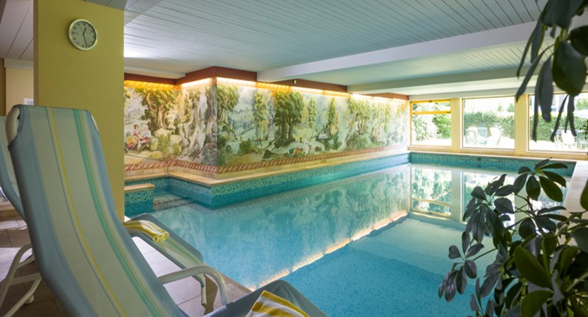 Sporthotel Austria St. Johann Swimming pool.jpg