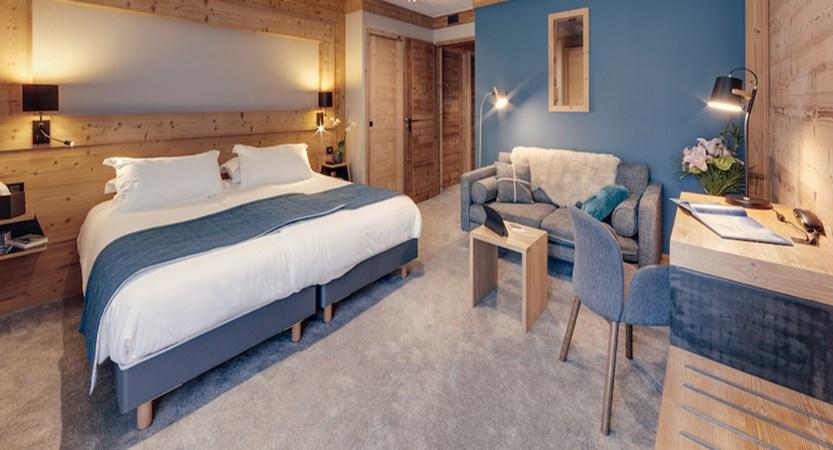Hotel Avancher - Famille - 01 - BD 2.jpg