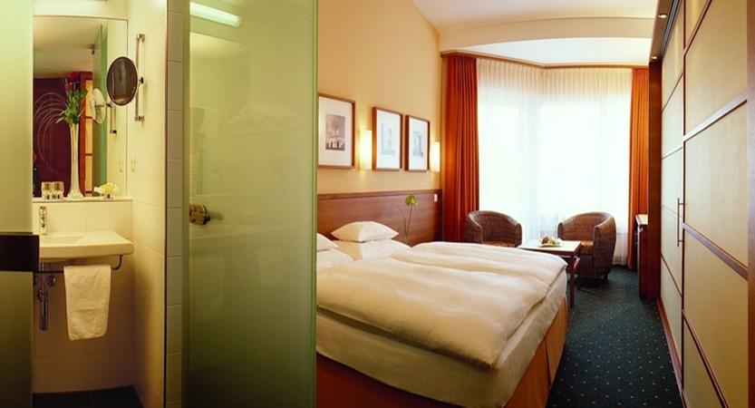 Sporthotel Igls Austria double room standard.jpg