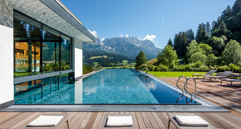 Hotel Der Baer, Ellmau, Austria, Infinity pool with views to Wilder Kaiser.jpg
