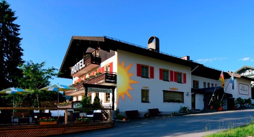 Hotel Alpen Sonne exterior side (1)