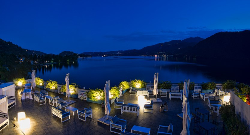 Hotel Giardinetto, Lake Orta, Italy - night panoramic.jpg
