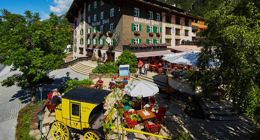 hotel-gasthof-post-exterior Post Terrasse front quer.jpg