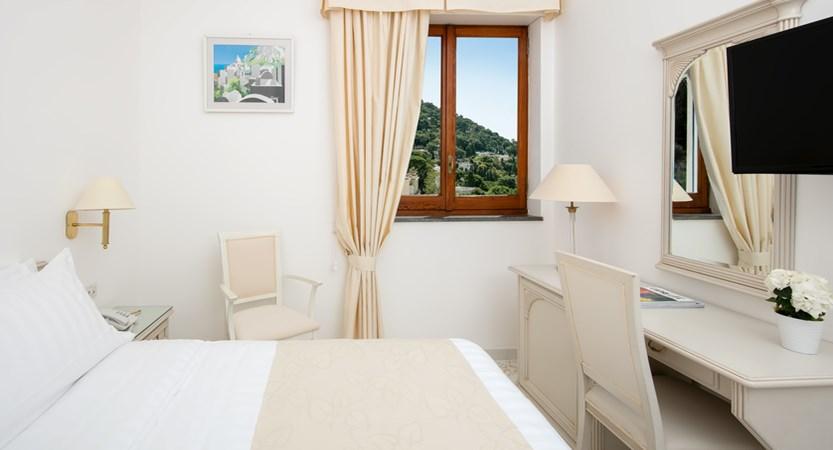 Syrene standard bedroom.jpg