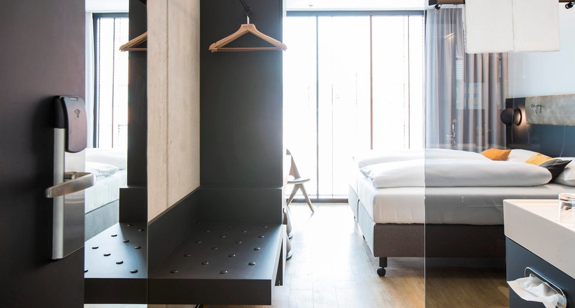 Arte Hotel Salzburg Austria Bedroom.jpg