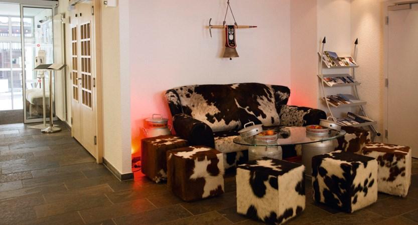 Hotel Sunstar Wengen Switzerland - reception lounge
