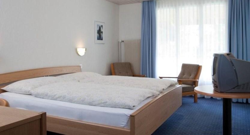 Seehotel Bonigen, Interlaken, Bernese Oberland, Switzerland - STANDARD .jpg