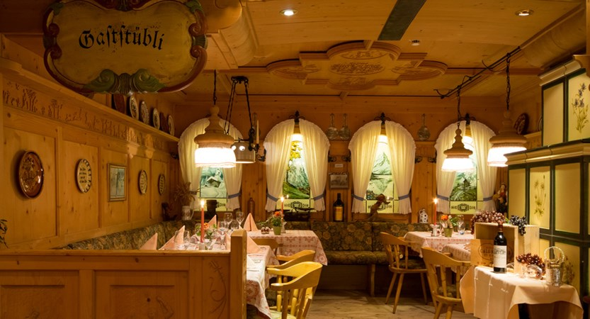 Romantik Hotel Schweizerhof, Grindelwald, Bernese Oberland, Switzerland Gaststübli 2016_web.jpg