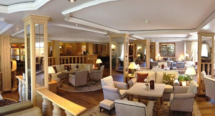 Romantik Hotel Schweizerhof, Grindelwald, Bernese Oberland, Switzerland Lobby_web.jpg