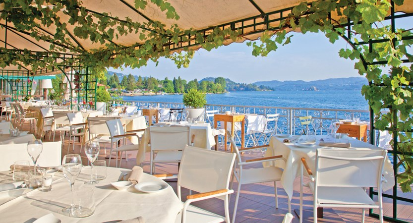 Hotel_Giardinetto_Lake Orta_Terrace_dining.jpg
