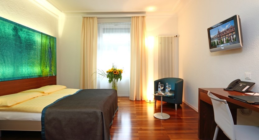 Hotel Waldstaetterhof, Lucerne, Switzerland - 2 Comfort DZ.JPG