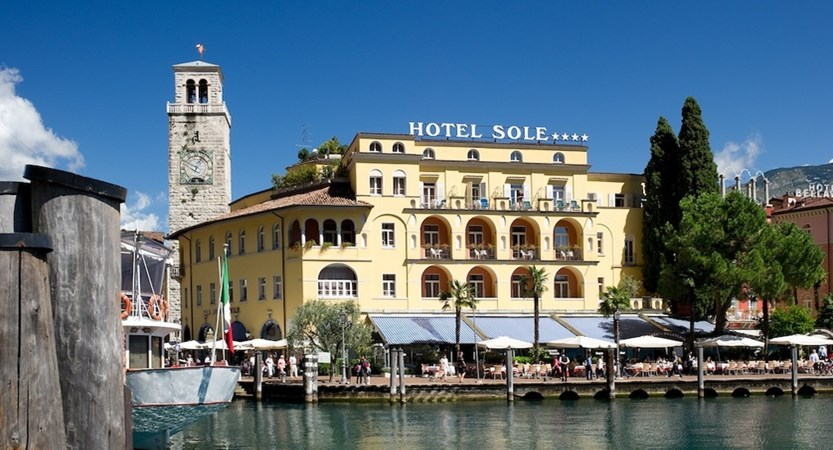 Hotel-Sole-Riva-Exterior-from-lake.jpg