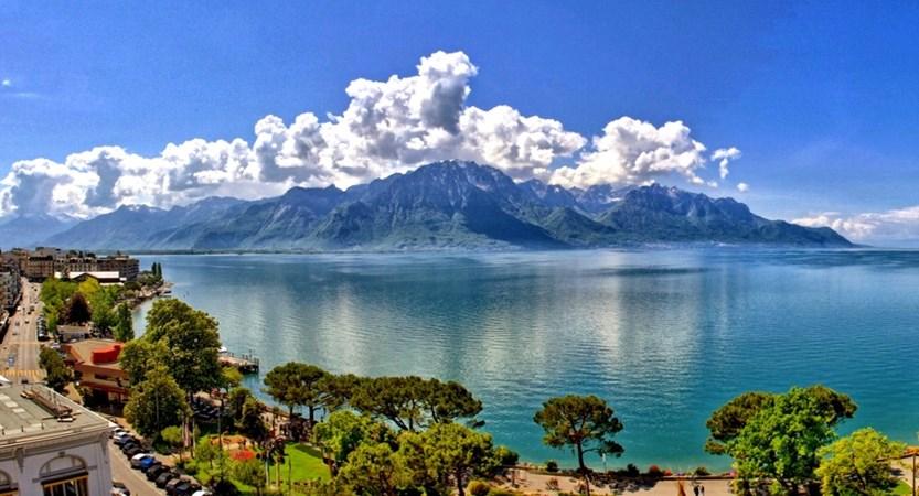 Hotel Suisse Majestic, Montreux, Switzerland - terrace view.jpg (1)