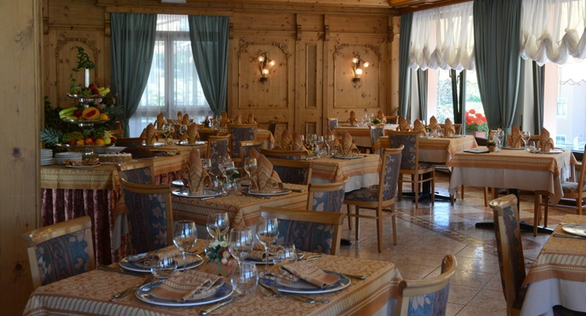 Hotel-Ariston-Levico-Restaurant.JPG