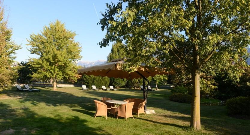 Hotel-Ambassador-Garden.jpg