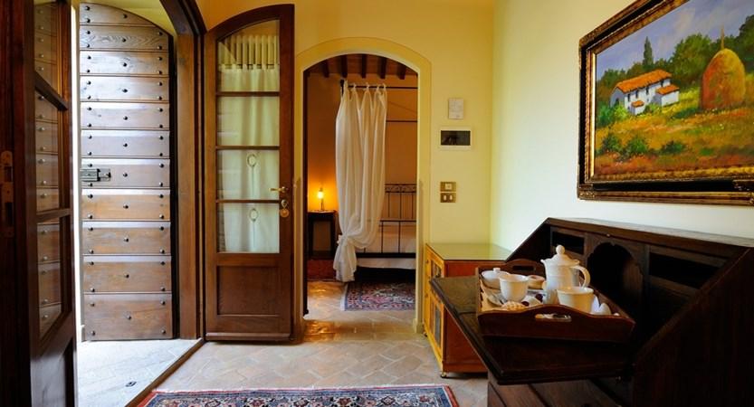 Guest Room (3).JPG