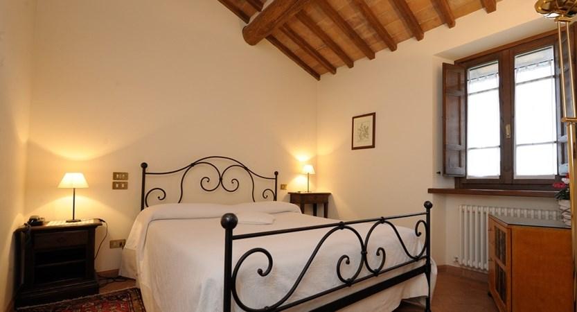 Guest Room (2).JPG