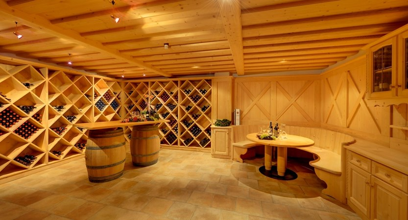 Hotel-Alaska-Wine-Cellar.jpeg
