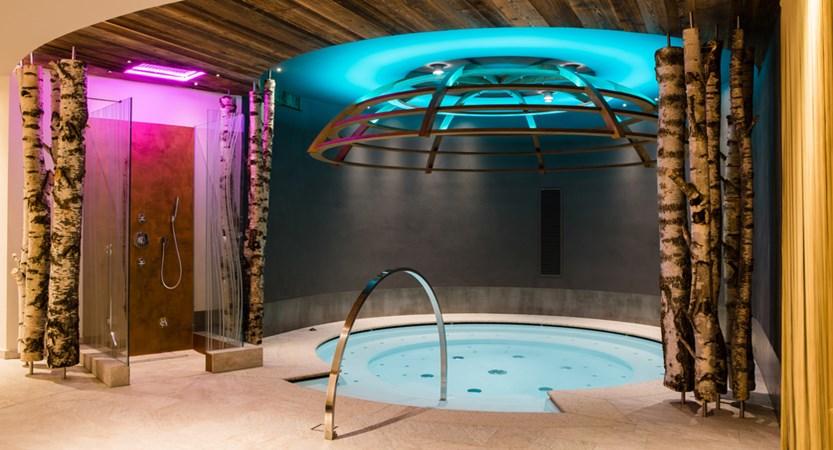 Hotel-Alaska-Whirlpool.jpg