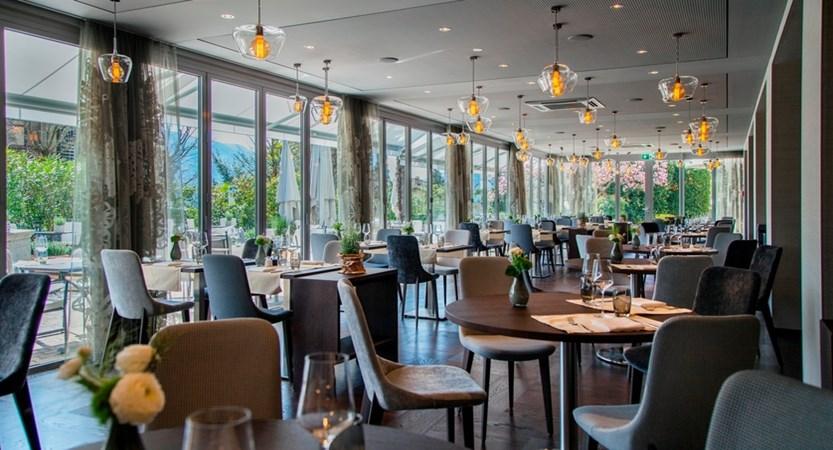 Hotel Belvedere, Locarno, Ticino, Switzerland - La Fontana interno 2.3 6.jpg