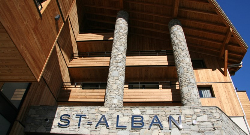 St Alban_La Clusaz_Exterior.jpg