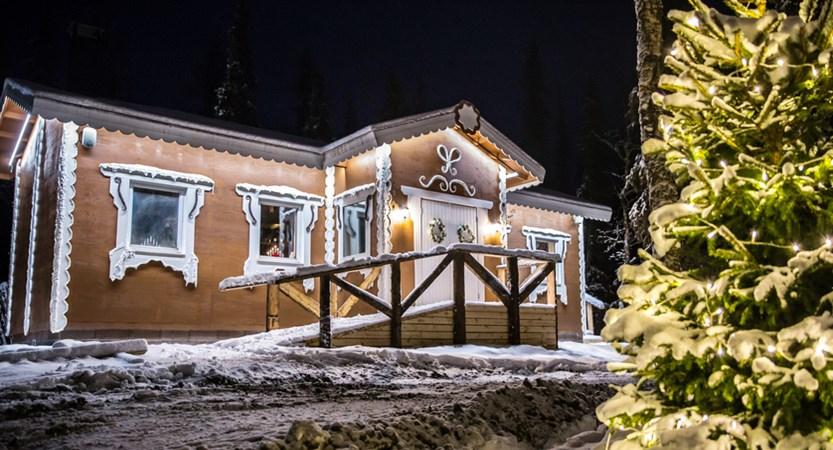 finland_lapland_levi_gingerbread_house.jpg