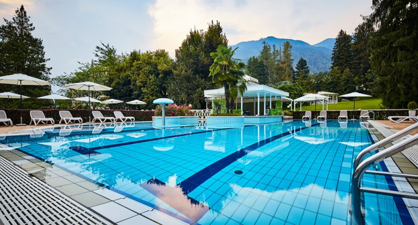 Grand-Hotel-Imperial,-Lake-Levico,-Italy-outdoor-pool.jpg