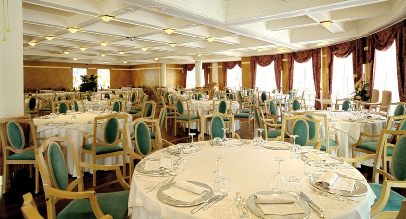 Grand-Hotel-Imperial,-Lake-Levico,-Italy-Dining-Room.jpg