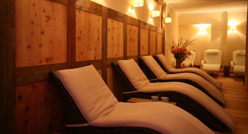 Italy_champoluc_hotel_relais-des-glacier_relaxation_area.JPG