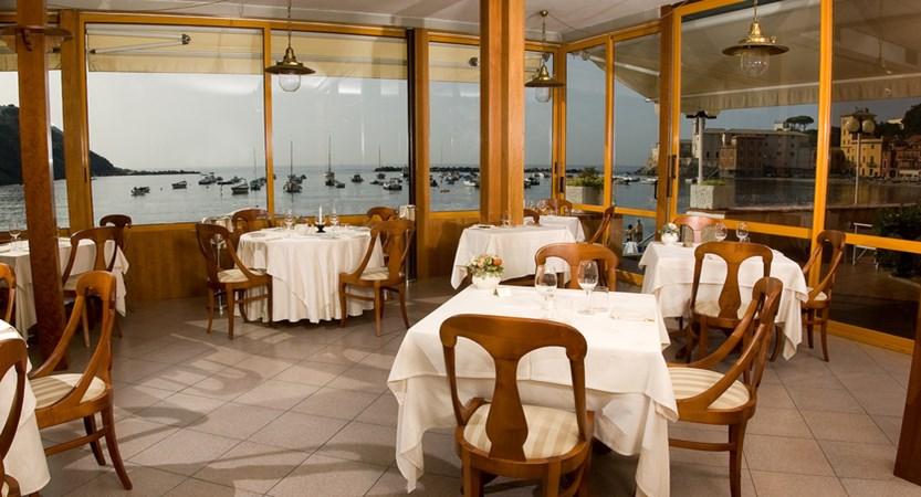 MiramareSestriLRestaurant01.jpg