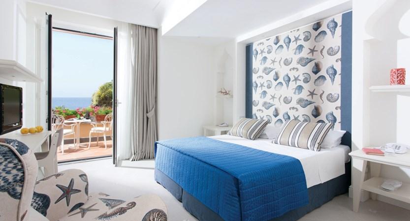 Corallo room.jpg