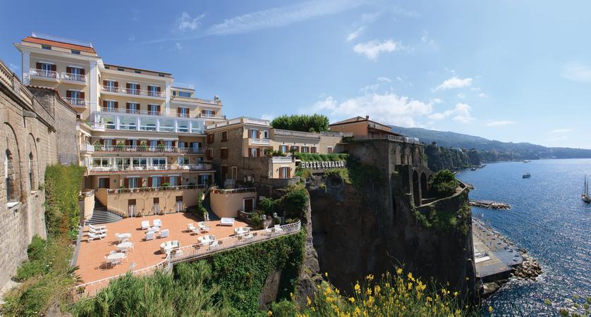 Hotel Corallo Sorrento - External view 2.jpg