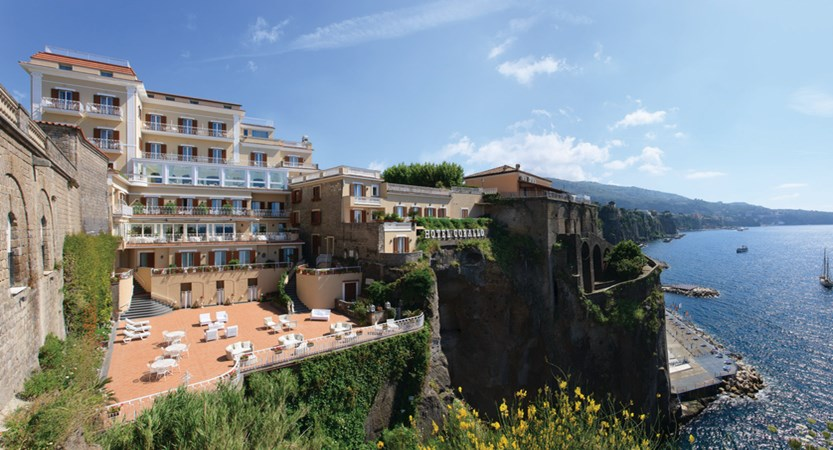 Hotel Corallo Sorrento - External view 2.jpg
