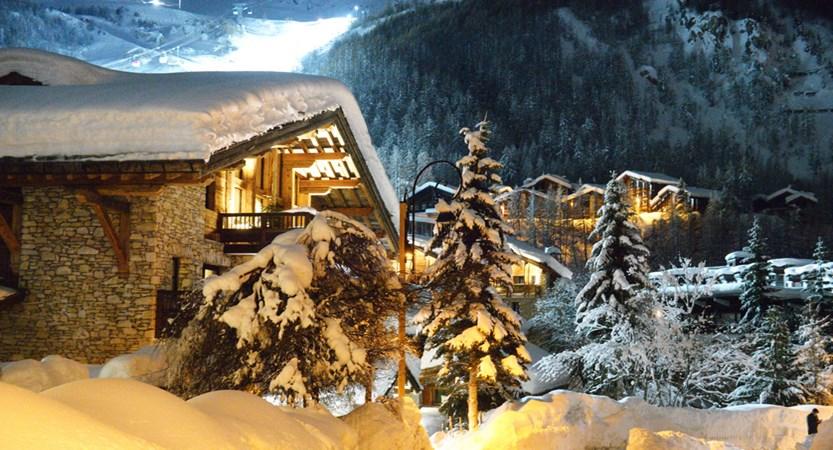 Val D'Isere Snow.jpg