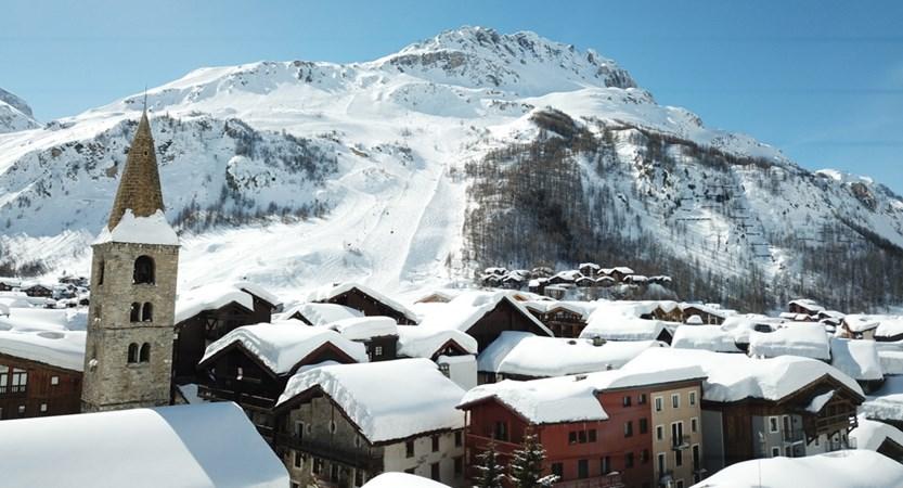 Val Disere Village.jpg
