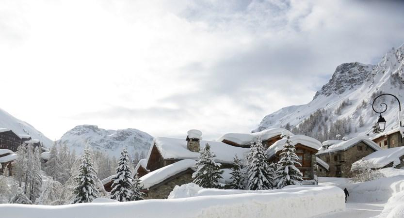 Val Disere Snow 2.jpg