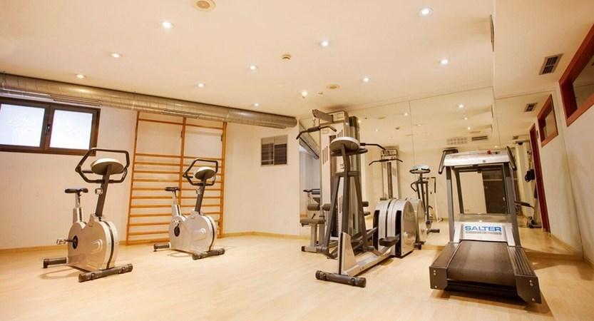 Himalaia Apartment Gym.jpg
