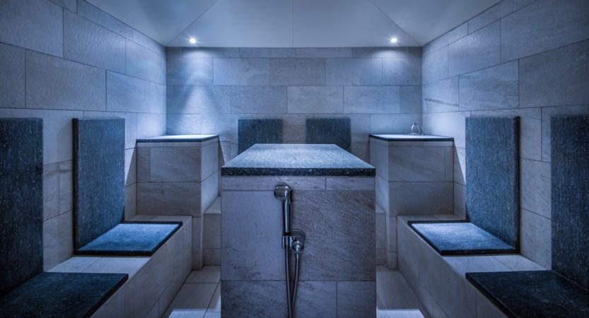 Italy_San-cassiano_hotel_diamant_steam_room.jpg