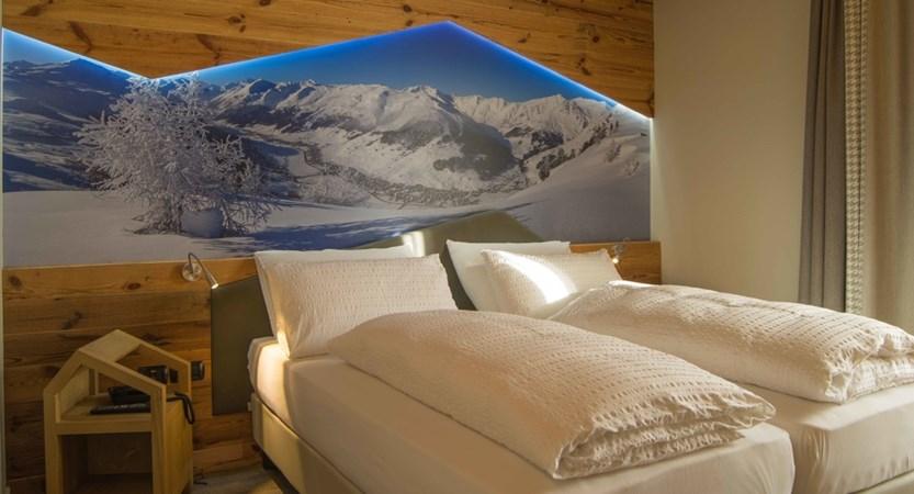 italy_livigno_hotel-amerikan_superior-room.jpg