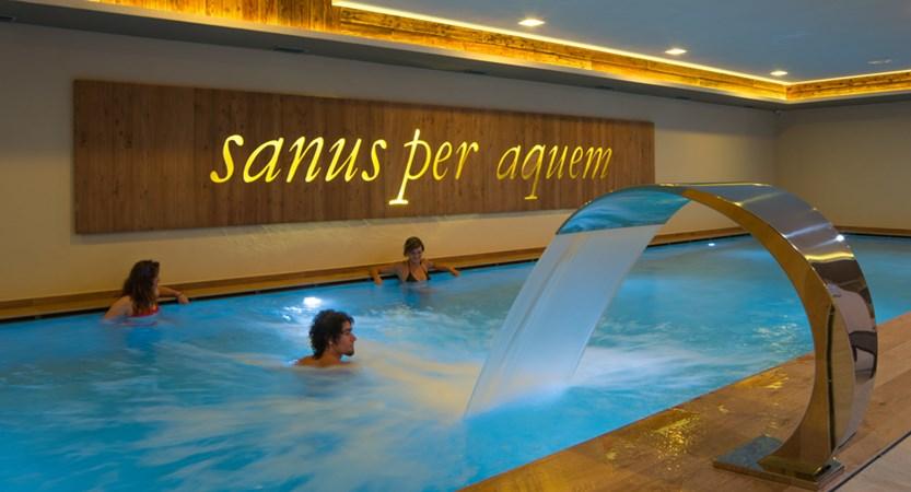 italy_livigno_hotel-amerikan_pool.jpg
