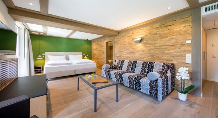 Deluxe Doppelzimmer Double Room Eiger 01_Belvedere Swiss Quality Hotel Grindelwald.jpg