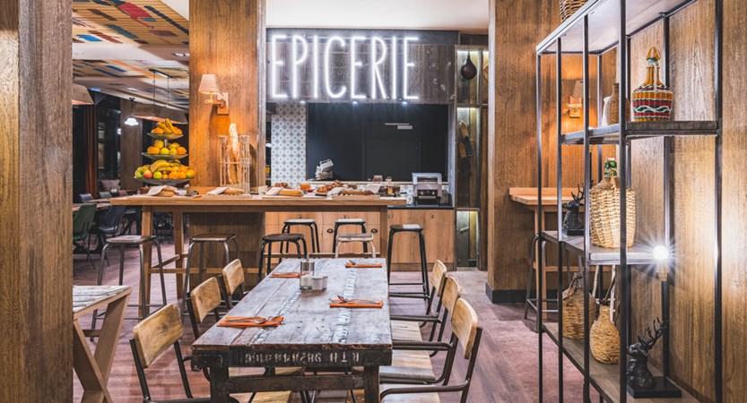 4 Le Refuge des Aiglons_Restaurant.jpg