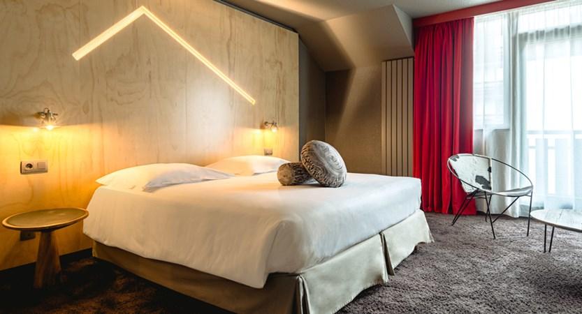 7 Le_Refuge_des_Aiglons_Room.jpg
