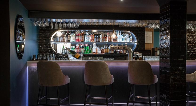 VF7 I Bar La Rotisserie.jpg