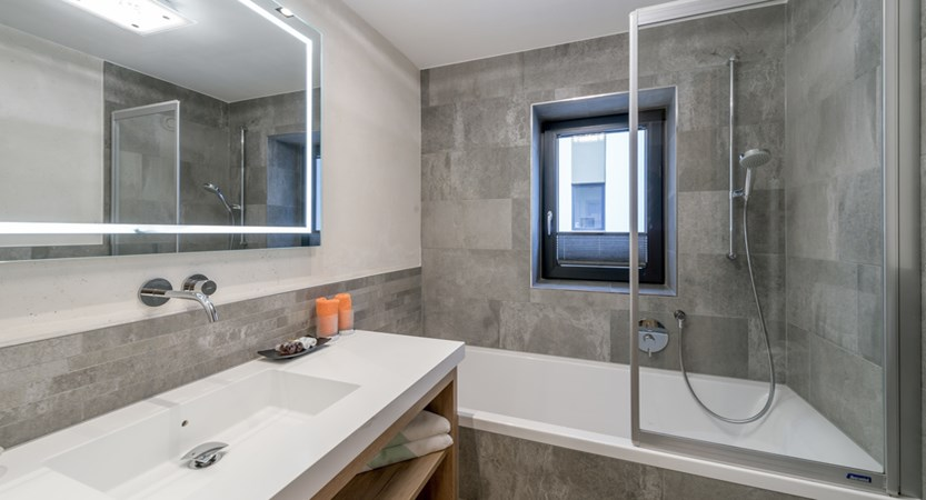 Hotel Wiesental, Obergurgl, Austria - bathroom